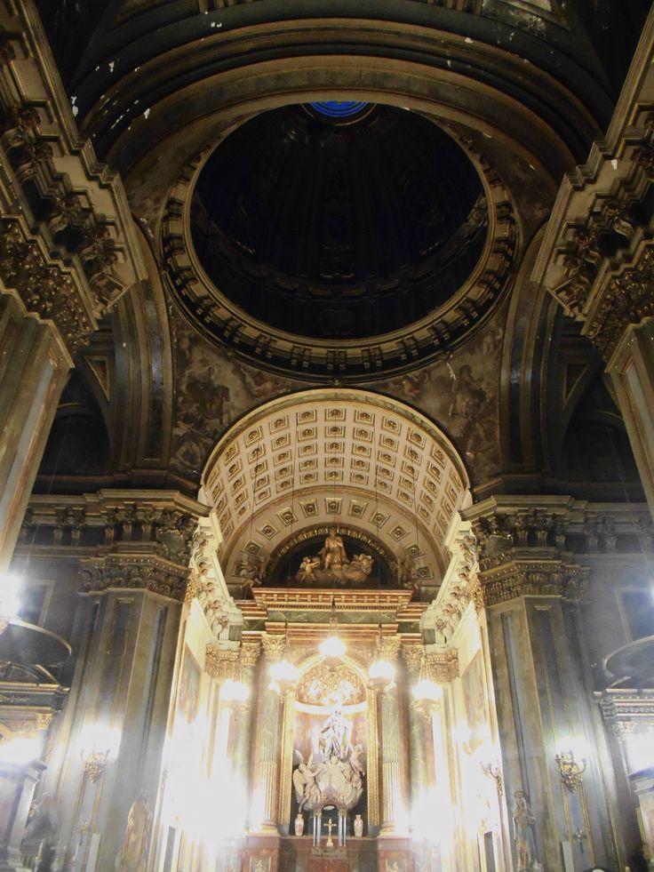Altar Mayor y cubiertas de este y crucero.