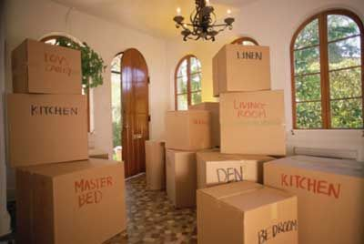Don't want to pay for moving boxes?  Try these tips to find them for FREE.