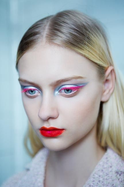 #makeup #color #beauty #feminine #eyeliner #redlips