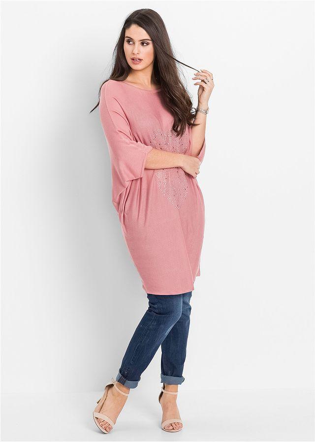 Piękny sweter marki Bodyflirt z rękawami typu nietoperz. Z przodu aplikacja w kształcie serca z połyskujących kamieni. Dł. w rozm. 36/38 ok. 76 cm, w rozm. 40/42 ok. 78 cm. Można prać w pralce.