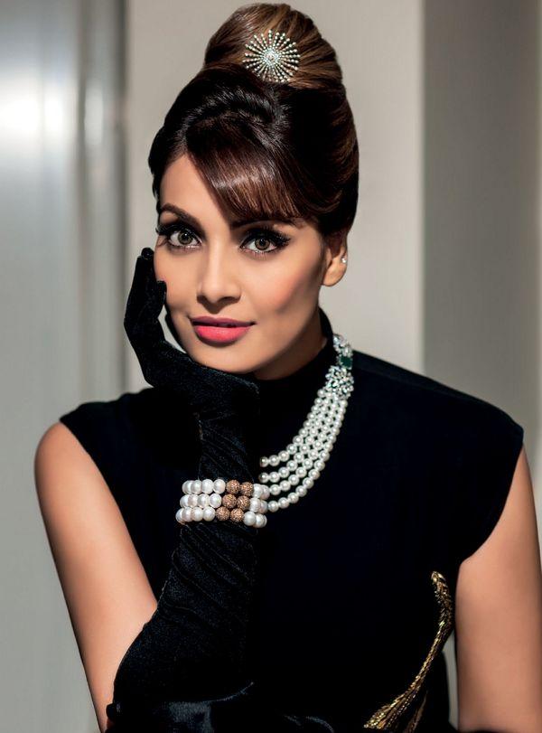 Check out: Bipasha Basu's Photoshoot for Noblesse magazine