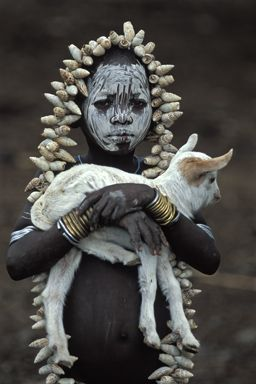 The Mursi - Many anthropologists consider the Lower Omo Valley, in Ethiopia, to be the cradle of Mankind. Several ethnic groups currently inhabit the region, living in surroundings that seem nearly unchanged from the Bronze Age.