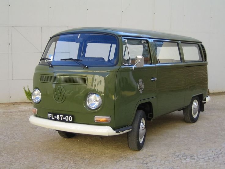 The city coucil transport museum of Lissabon will be present with a T2a O museu de transportes municipais de Lisboa vai estar presente no vw festival com a sua T2a