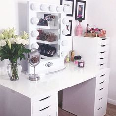 Gorgeous @marcelinalopez00 #vanitygirloftheday this vanity room looks so clean organized If you like what we do - please help us win the audience choice award for #cosmoprof #beautypitch go to @vote4VanityGirl to vote and chance to win prizes from some of our great beauty brand friends and more