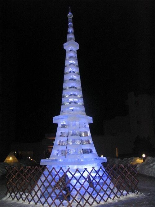 Eiffel tower ice sculpture