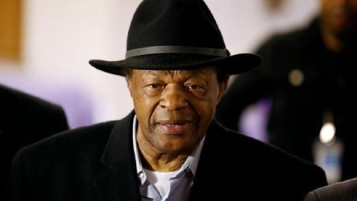 The DC Council has taken a large step towards placing a statue of former Mayor Marion Barry in front of its home.In a meeting Tuesday, the DC Council Committee of the Whole voted unanimously to a measure that would advance the possibility of adding a statu