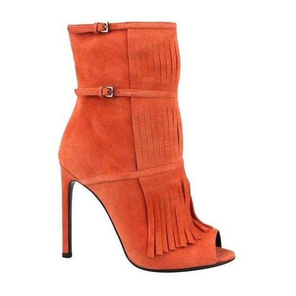 Pre-Owned  Gucci Orange Suede Peep Toe Gladiator Fringe Becky Bootie... ($600) ❤ liked on Polyvore featuring shoes, boots, ankle booties, orange, peep-toe booties, fringe booties, fringe peep toe booties, fringe bootie and short boots