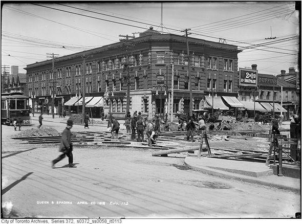 Queen & Spadina construction - April 1912