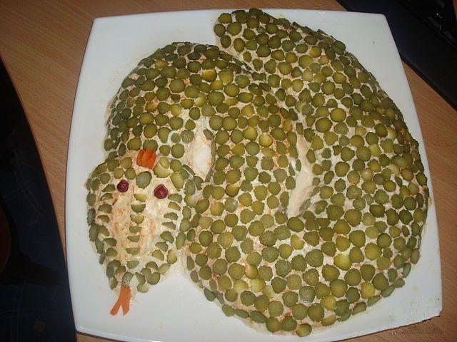 Салат кальмары китайская капуста рецепт