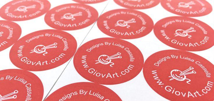 Dela med dig av din kreativitet!  Vi på labelsandribbon har under många år sett en enorm mängd av kreativa kunder som vi har nöjet att arbeta med varje dag. Har du använt någon av våra namnlappar, hangtags, klistermärken eller presentband? Vi skulle vara glada att se hur du använder dem i dina projekt. Skicka oss ett meddelande och en bild så att vi ska dela det!  Skicka till: kontakt@labelsandribbon.se