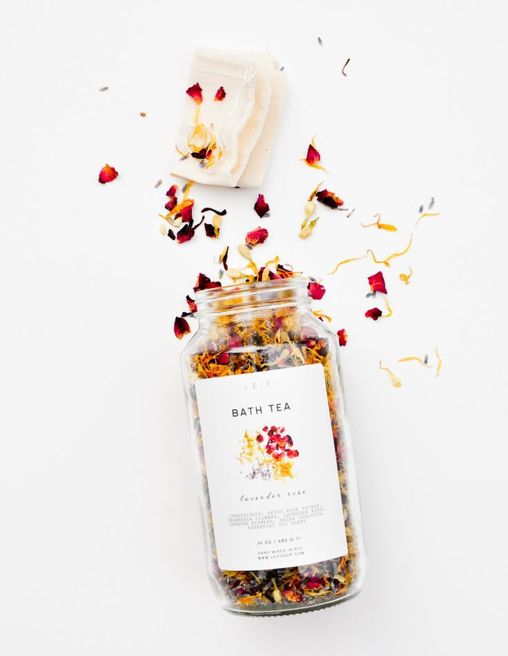 LEIF Herbal Bath Tea Soak : Lavender rose: calendula, rose petals, lavender buds, jasmine flowers and hibiscus flowers; scented with lavender essential oil Chamomile sage: chamomile flowers, cornflowers, and red clover blossoms; scented with clary sage and petitgrain essential oil