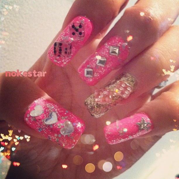 ♠♥♣♦#vegasnails #lovepink #happynewyear #nails #mani #nailart #hearts #stars #dice #gold #bling