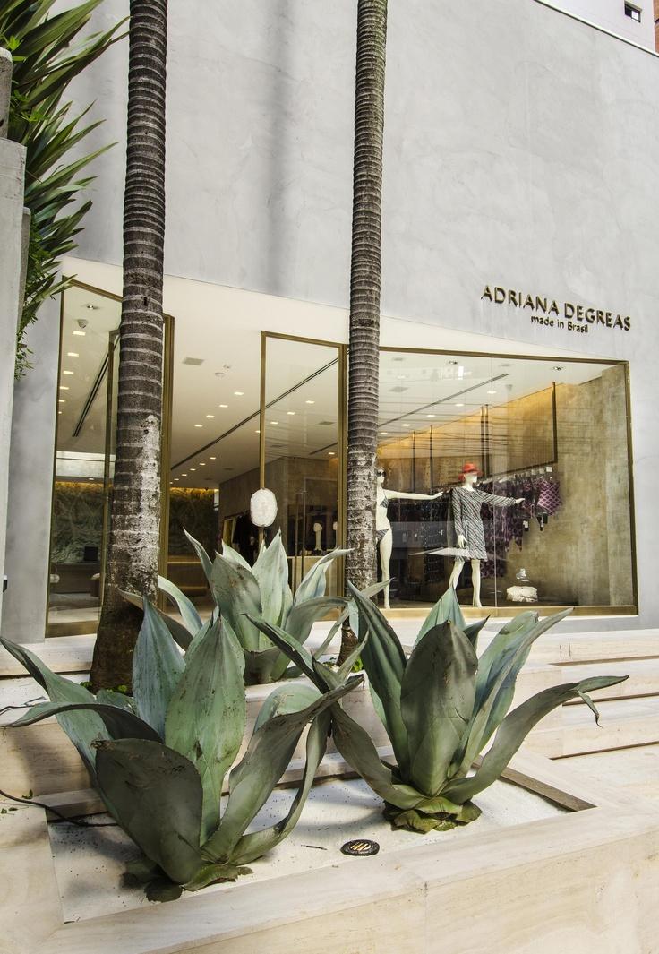 Adriana Degreas store in Sao Paulo Brazil Norea de Vitto & Beto Galvez architecture