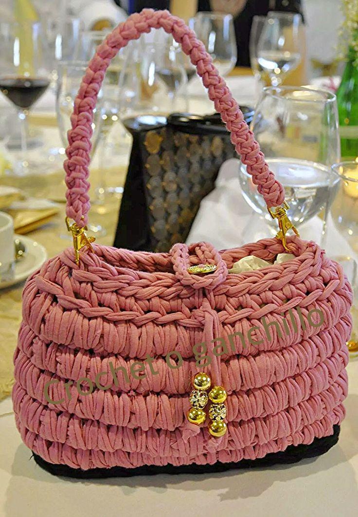 Blog de crochet o ganchillo, trapillo. Confección de bolsos y venta hechos a mano