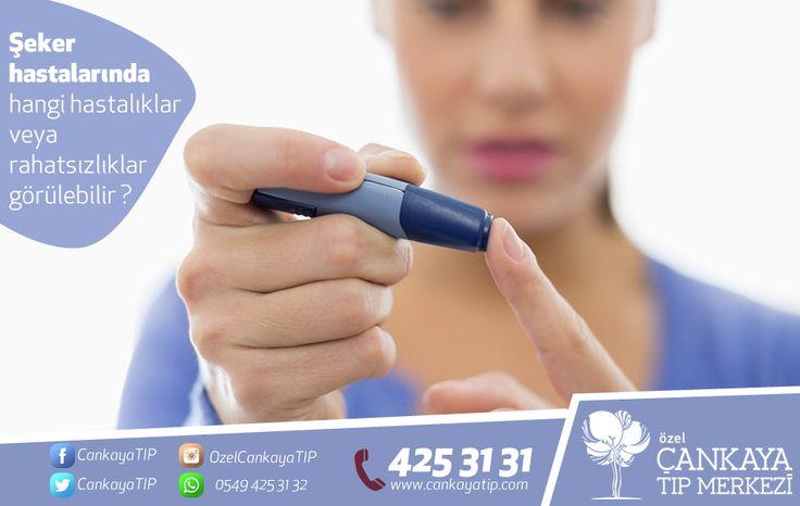 Şeker hastalarında hangi hastalıklar veya rahatsızlıklar görülebilir ?  Damarlarda hasar sonucu yeterli miktarda kan dokulara gidemezse kalp krizi, felç, böbrek hastalıkları, körlük, uzuvlarımızda kangren, görme bozukluğu riski artar. Ayrıca bu damarlardaki hasar sonucu damar tıkanıklığı, böbreklerdeki hasar sonucu da hipertansiyon meydana gelir. Şeker (glukoz) kullanılamadığı için vücut, yağları ve proteinleri kullanmaya başlayacaktır. Bu yüzden hem kilo kaybı hem de vücutta asit fazlalığı…