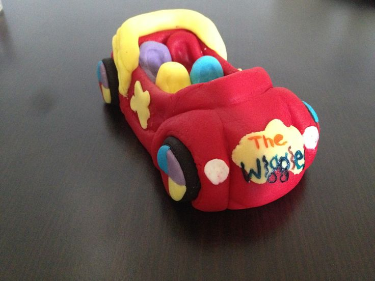 Big red car the wiggles edible cake topper custom sizes made to order by DebsSweetToppers on Etsy https://www.etsy.com/listing/200804311/big-red-car-the-wiggles-edible-cake