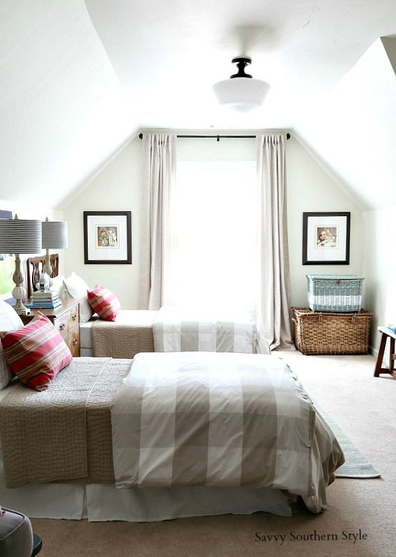 Savvy Southern Style: The New Bonus Room Guest Space with the Twin Beds