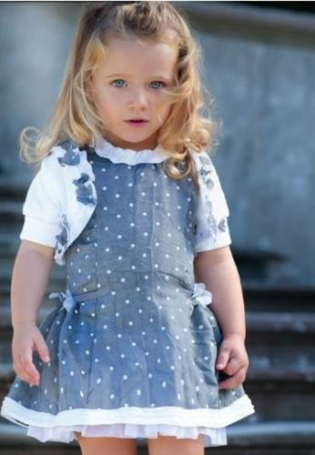 Tots 2 Toddlers sells kids clothing from boutique to character & accessories.