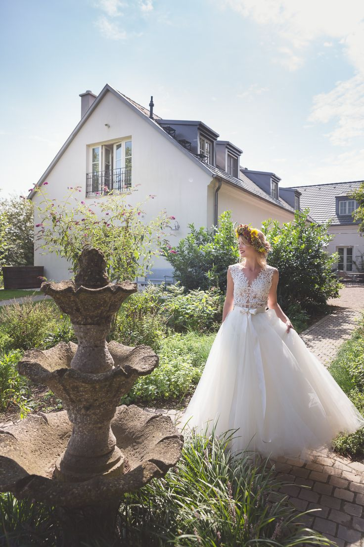 A place where dreams come true! Wedding at a beautiful rustic style garden.