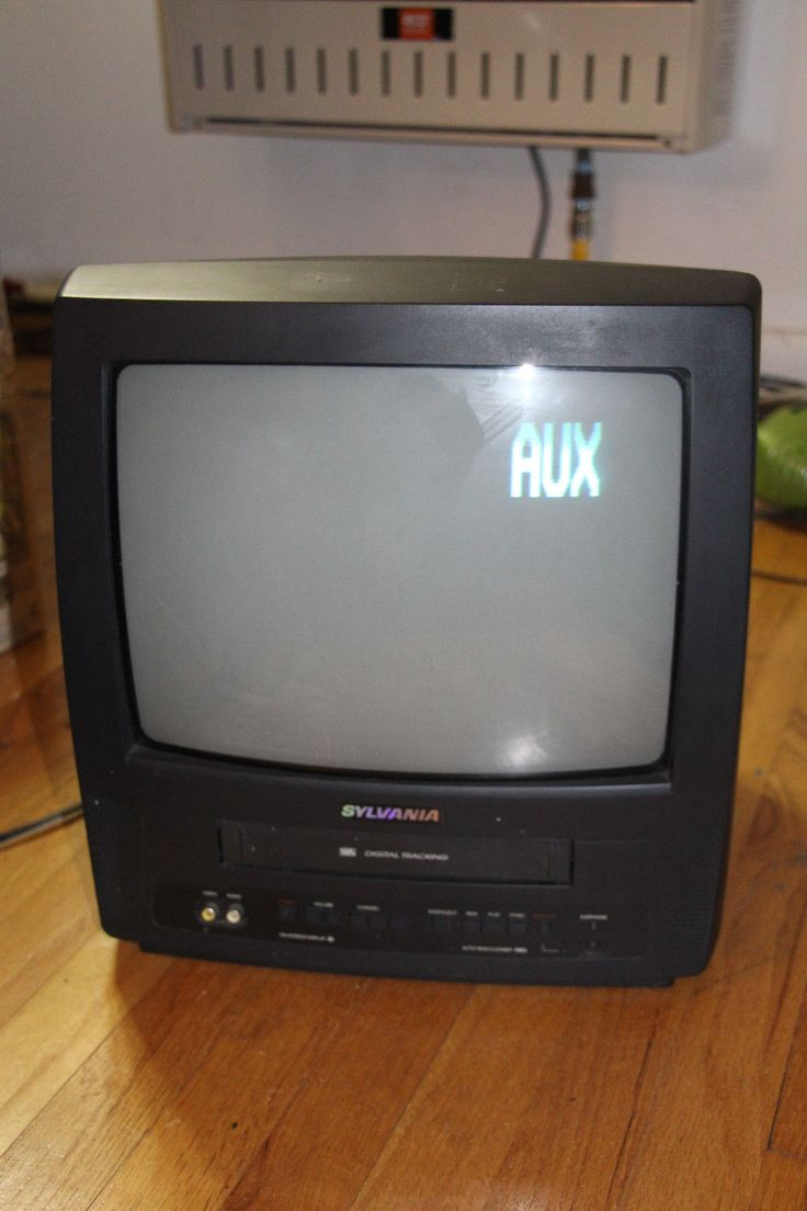 Sylvania 13'' CRT TV/VCR Combo *** VCR DOES NOT WORK***