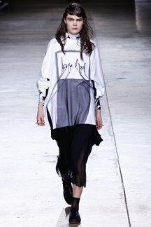 Fashion East - Louise Alsop  Autumn/Winter 2014-15 Ready-To-Wear
