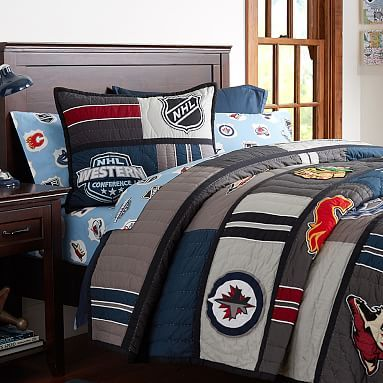 18 best images about hockey bedroom ideas on pinterest removable wall family rules and hockey. Black Bedroom Furniture Sets. Home Design Ideas