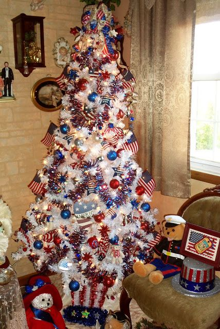debbie dabble christmas in july trees year round - Year Round Christmas Tree