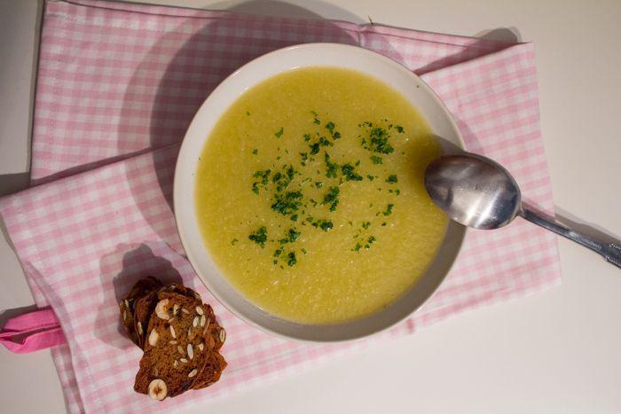 Crema di rapa invernale tedesca patate ricetta