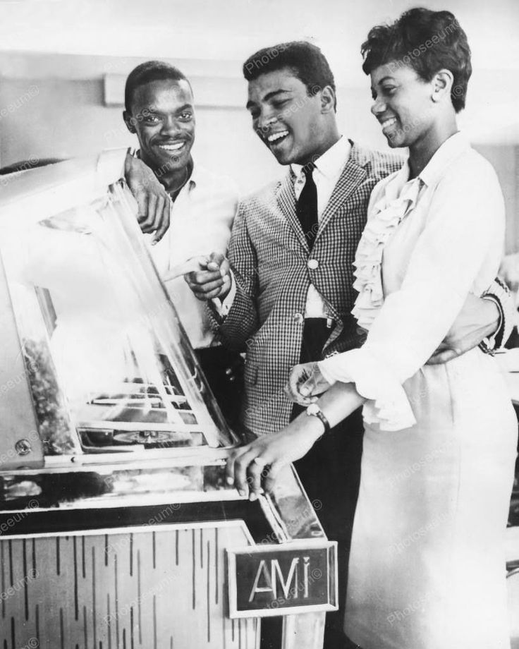 AMI Jukebox Cassius Clay Muhammad Ali & Friends 8x10 Reprint Of Old Photo