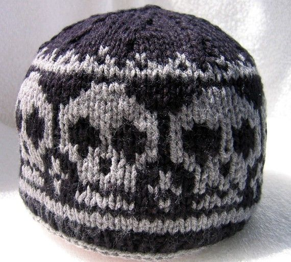 Knitted Skull Hat Pattern : 17 Best images about Skull Patterns for Knitting on Pinterest Pirates, Pira...