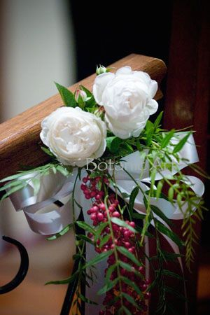 David Austin roses and pepper corns, simple but elegant pew ends. Rustic, country, simple posy.