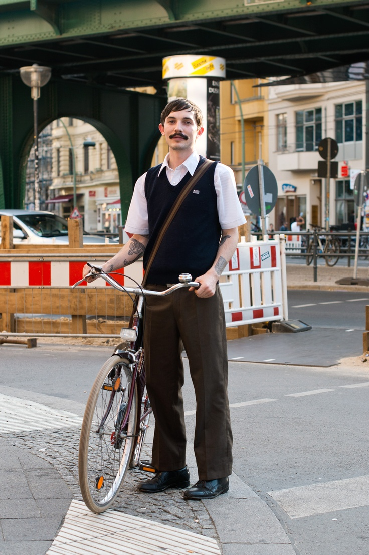 Great look. Apart form the moustache. And the very heavy bike.: Bike Lovers, Men Street, Berlin Street Style, Bike Riding, Men Style, Berlin Vintage, Bicycles Moustache, Men Fashion, Bicycles Bicycles