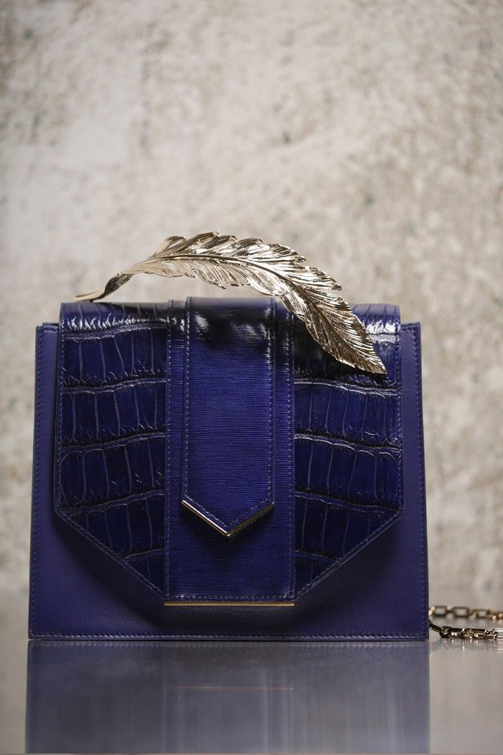 Ralph and Russo have shown a lot of metal leaf/floral hardware on their smaller bags.