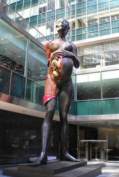 """""""Богородица"""" Дэмиен Херст (англ. Damien Hirst, р. 7 июня 1965) – современный английский художник. Один из наиболее заметных представителей группы Молодые британские художники Биография, работы: http://contemporary-artists.ru/Damien_Hirst.html"""
