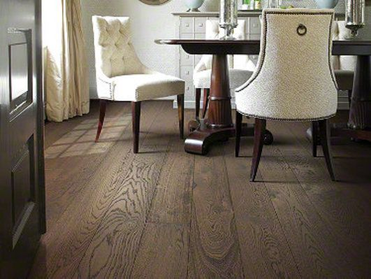 Shaw Hardwoods Collection of Castlewood Oak Hardwood by Shaw | ARMORY Color (97788)