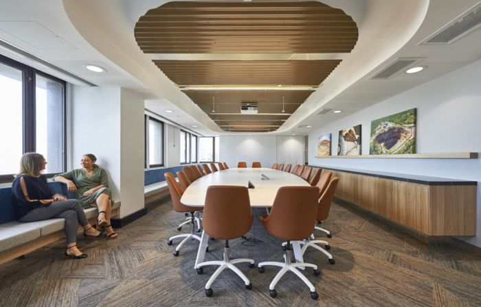 Evolution Mining Offices - Sydney - Office Snapshots | Commercial  interiors, Office design, Luxury office