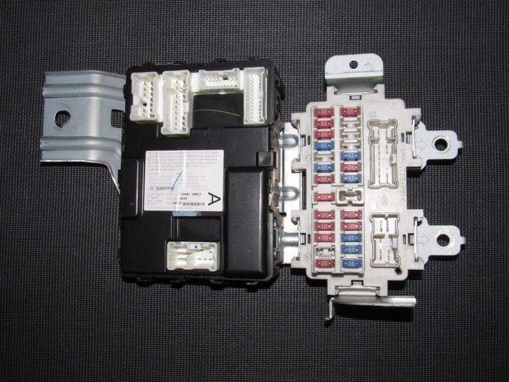 03 04 Infiniti G35 Sedan OEM Interior Fuse Box & BCM Oem