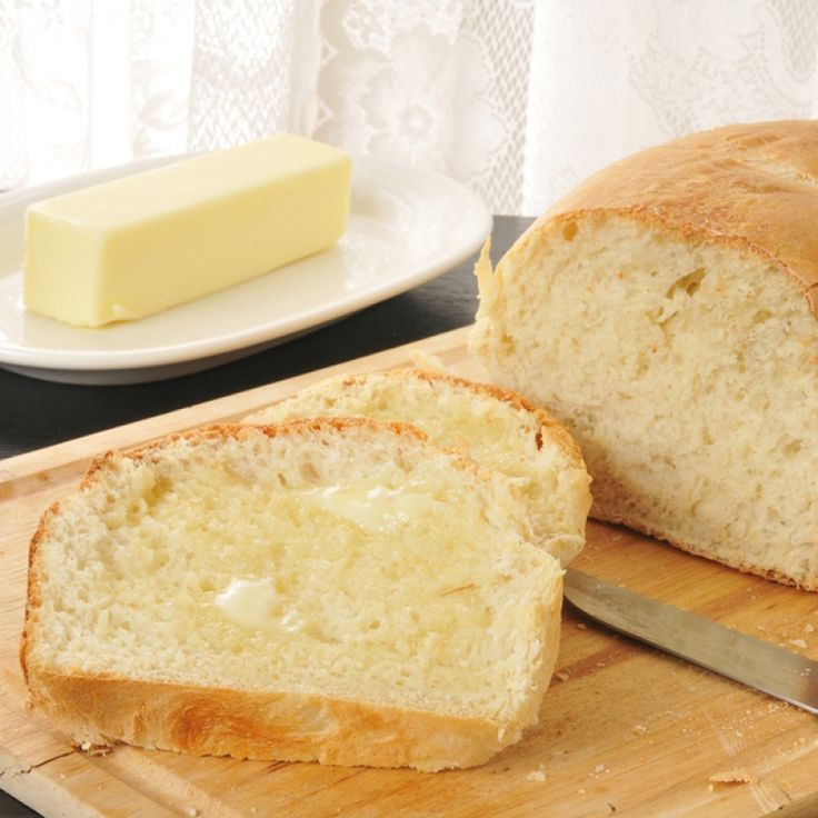 This no knead bread recipe is a little bit unconventional, and requires a large resealable container.