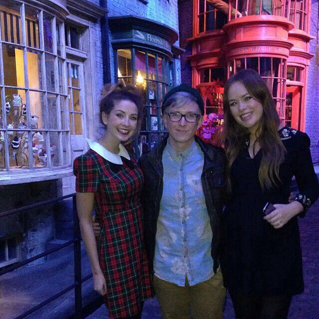 Zoe Sugg, Tyler Oakley, and Tanya Burr   Zoella lala ...