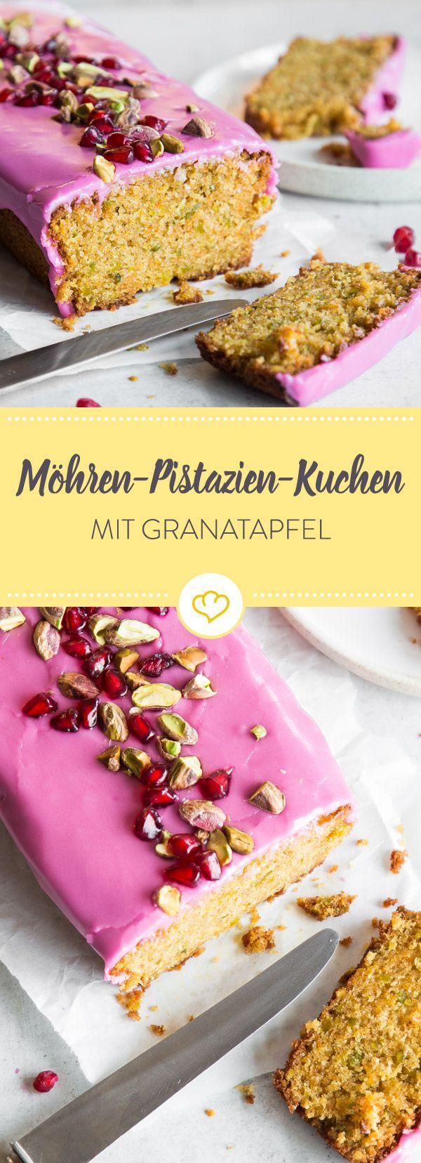 Hier ist keine Lebensmittelfarbe am Werk. Nur der süße Saft der Granatapfelkerne färbt die Glasur von deinem saftigen Kuchen so wunderbar pink.