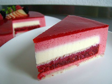 Raspberry Mousse Cake.  Looks delicious and yummy!!!!!!!!!