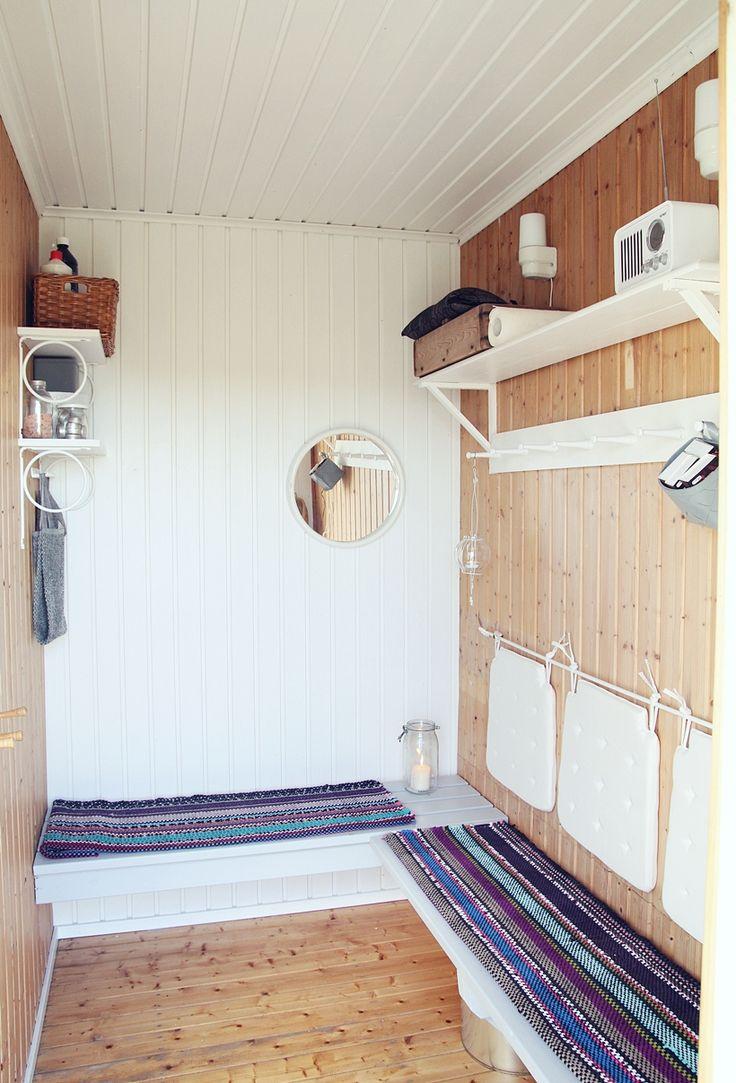 | COOLING ROOM | MAIJU SAW  http://mysecondhandlife.indiedays.com/2014/09/05/cooling-room/