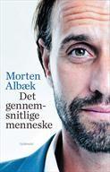 """Det gennemsnitlige menneske Fra SAXO: """"I bogen deler forfatteren Morten Albæk sine tanker om vigtigheden af at være et helt menneske i en moderne og omskiftelig verden. Han forklarer, hvorfor man hverken kan være en god leder, en god medarbejder eller et godt menneske, hvis man ikke er ærlig i omgangen med sig selv og med andre. De kontante refleksioner sættes løbende i relief med Albæks fortælling om sin egen opvækst og sine personlige erfaringer fra ungdoms- og voksenlivet.""""  Pris 227 kr."""