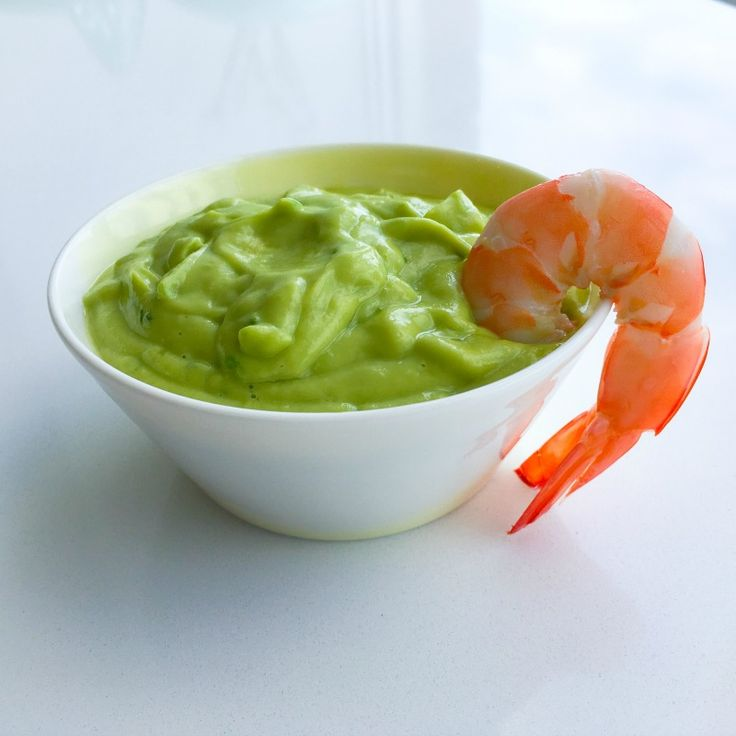 Creamy Avocado Dressing  This dressing is ideal for salads, and I also serve it with prawns.  Ingredients  1 avocado 3 green onions, sliced Juice of one lime 1 tablespoon apple cider vinegar 1 tablespoon extra virgin olive oil Salt and pepper to taste 1/2 jalapeno pepper, de-seeded and f