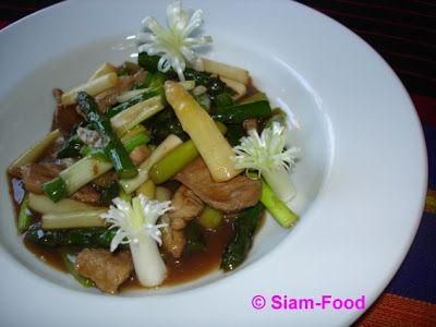 Spargel in Austernsauce gebraten - Nhor mhai farang
