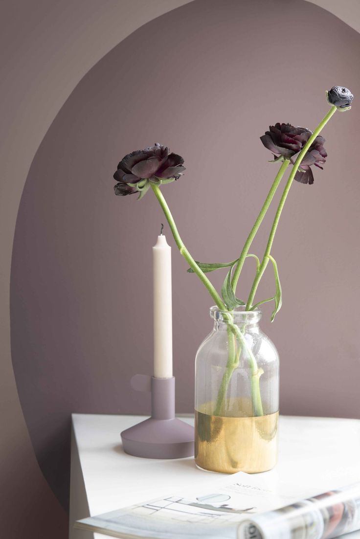 Dulux has announced Heart Wood as its Colour of the Year 2018. Sitting between a smoky taupe and dusky mauve, Heart Wood is described as a 'warm neutral, with a hint of heather,' and comes at a time when homeowners yearn to transform their homes into true sanctuaries. It's the perfect backdrop to your walls.