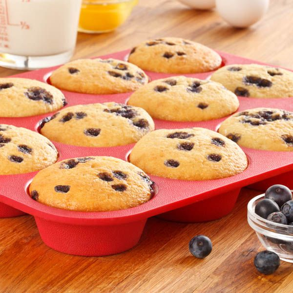 100% Pure Food-Grade Silicone. No Fillers. – OvenArt silicone bakeware is safer than metal bakeware treated with popular non-stick coatings containing PFOA. Perfluorooctanoic acid (PFOA) is a chemical labeled a toxic carcinogen by the EPA. – Premium quality OvenArt silicone does not contain bulk plastic fillers like cheaper alternatives. Scrub-Free, Easy To Clean – OvenArt's …
