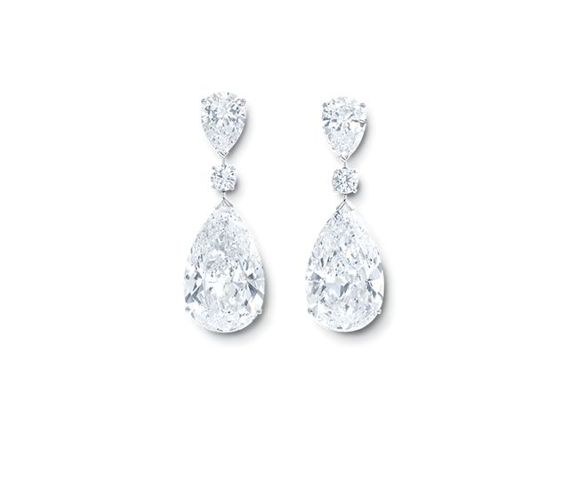 Evoking the ancient Greek belief that diamonds were the fragments of fallen stars – the exquisite pear shape Twin Stars earrings feature two 22 carat D Internally Flawless pear shape diamonds, each set with round and pear shape diamonds.  6 diamonds at totally 53.41cts