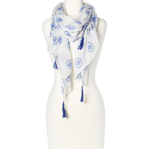 LA Double 7 White & Blue Arabesque Tassel Scarf ($6.99) ❤ liked on Polyvore featuring accessories, scarves, blue and white scarves and tassel scarves