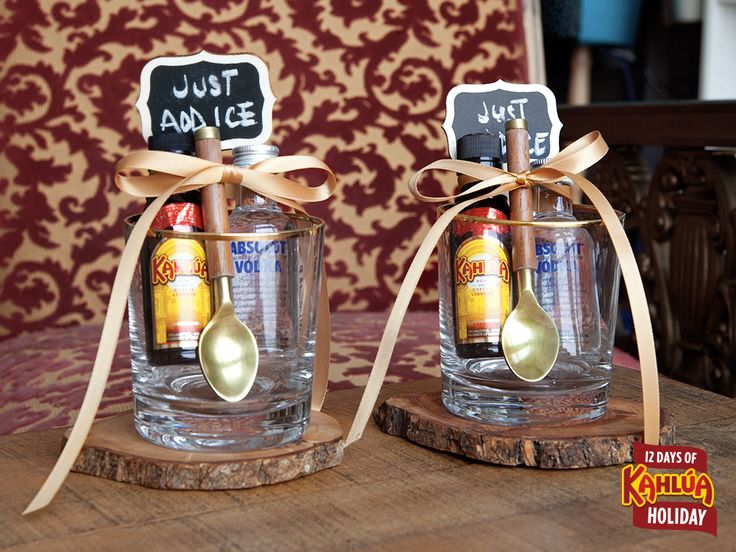 On the second day of holiday Kahlúa gave to me … two Black Russian kits. Include in each Black Russian kit: 1 x Mini Kahlúa bottle 1 x Mini Absolut bottle 1 x Festive rocks glass 1 x Cocktail spoon